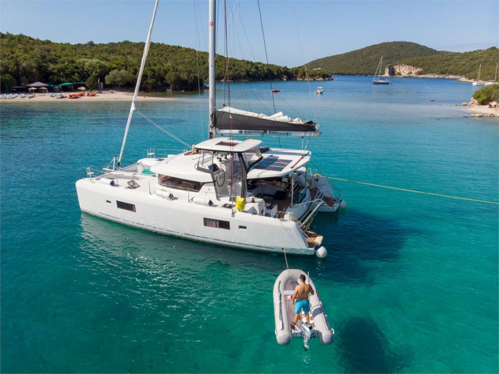 Louer Catamaran avec ou sans skipper Lagoon à Corfou