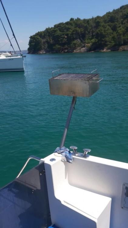 Location bateau Damor Damor 800 - 1 cab. à Grad Zadar sur Samboat