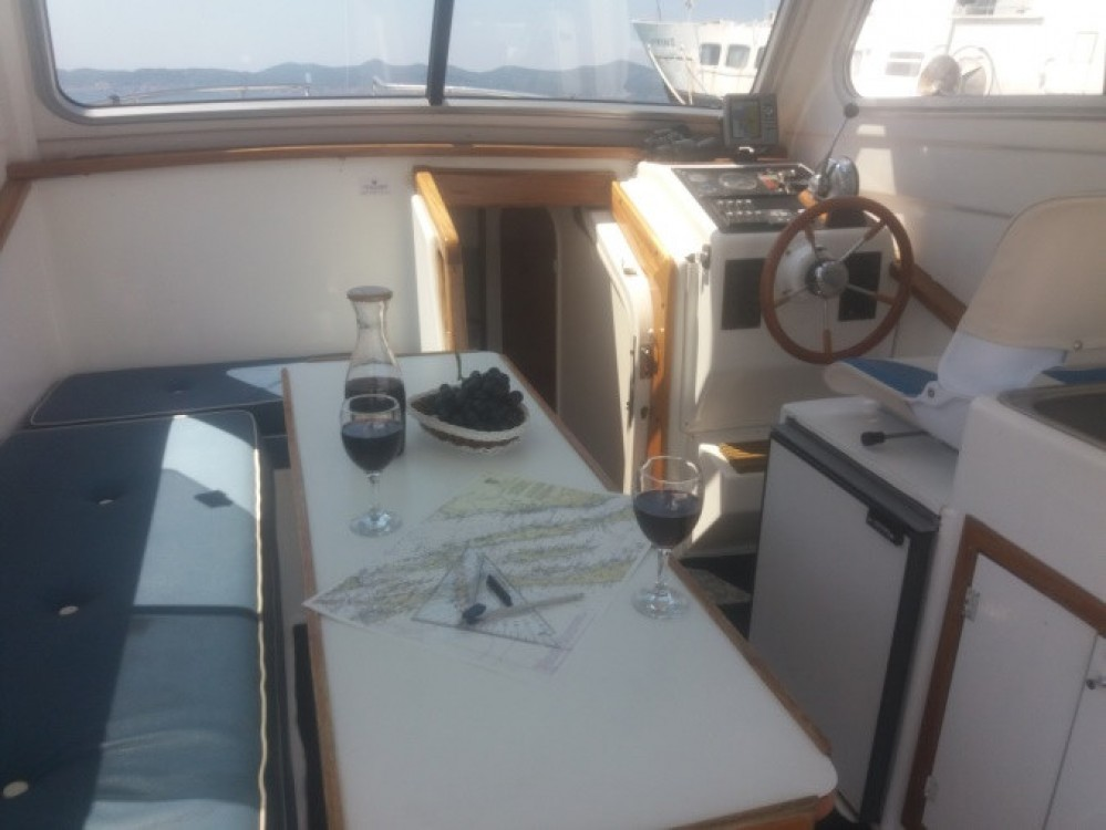 Location yacht à  - Damor Damor 800 - 1 cab. sur SamBoat