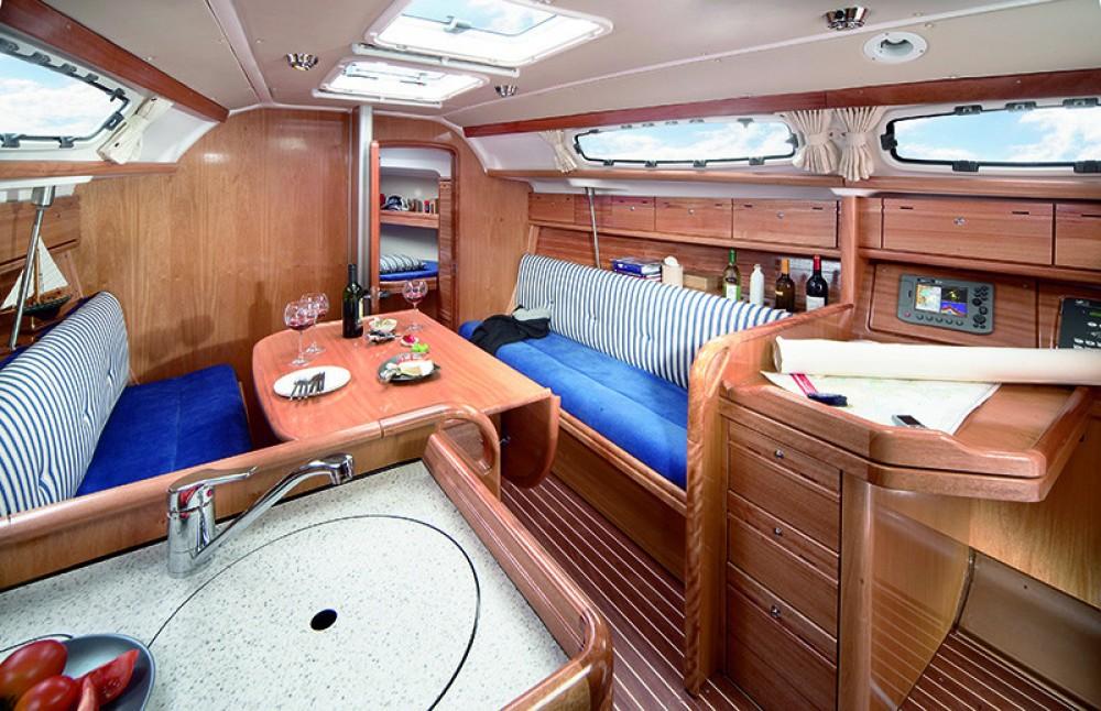 Location bateau Ródos pas cher Bavaria 39 Cruiser