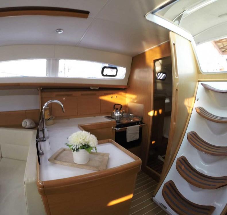 Location bateau Leucade pas cher Sun Odyssey 42 DS