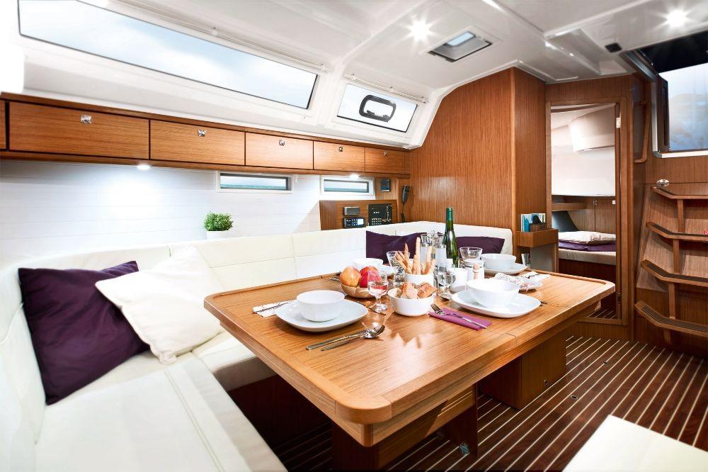 Louez un Bavaria Bavaria Cruiser 46 - 4 cab. à Rhodes