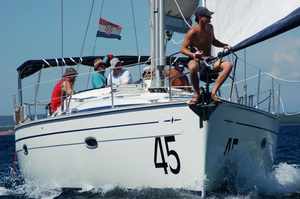 Location bateau Croatie pas cher Bavaria 47 Cruiser