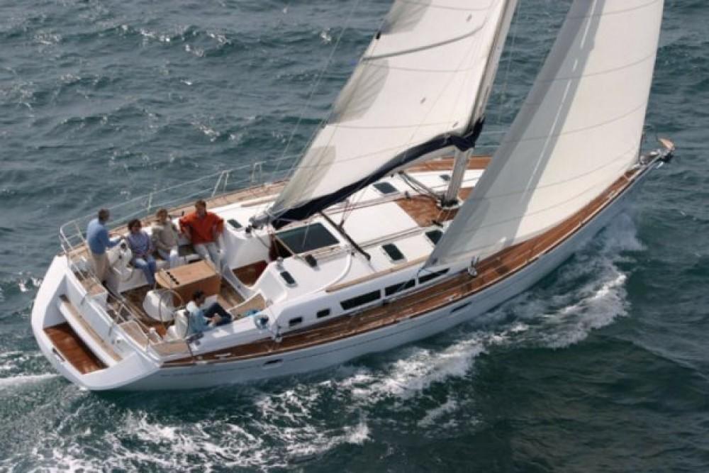 Louez un Jeanneau Sun Odyssey 49i à Grecia
