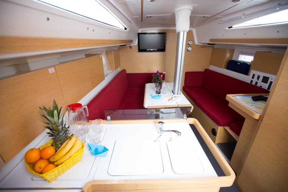 Location Voilier à Croatie - Elan Elan 350 Performance - 3 cab.
