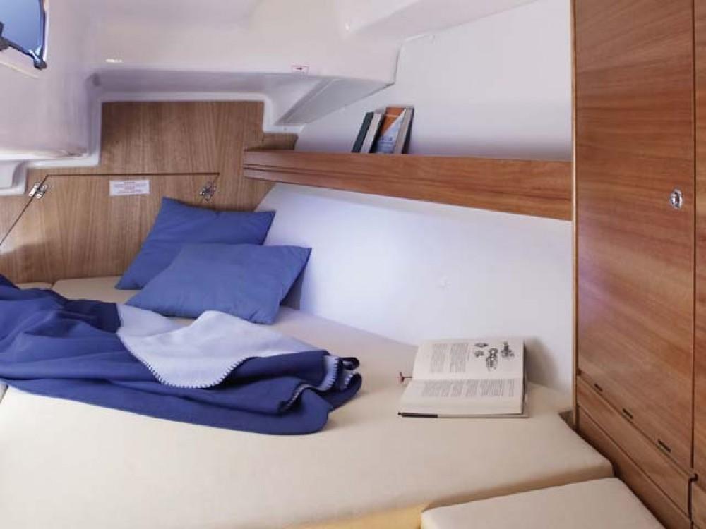 Location yacht à Îles Ioniennes - Bavaria Bavaria 33 Cruiser sur SamBoat