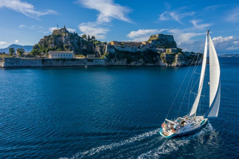 Jeanneau Sun Odyssey 54 DS entre particuliers et professionnel à Corfu