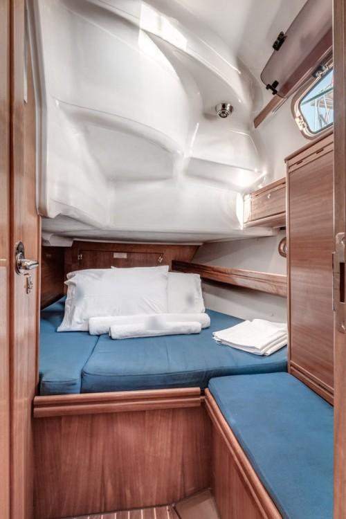 Louez un Bavaria Bavaria 39 Cruiser à Îles Ioniennes