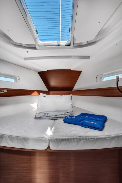 Louez un Jeanneau Sun Odyssey 449 à Îles Ioniennes