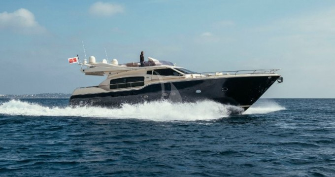 Location yacht à Cannes - Ferretti Altura 690 sur SamBoat