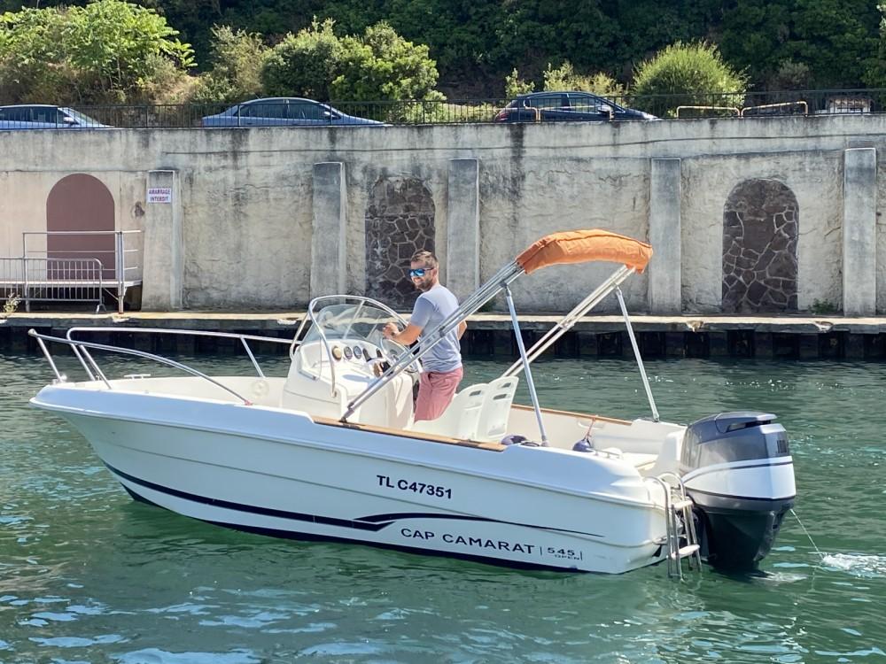 Louer Bateau à moteur avec ou sans skipper Jeanneau à Saint-Raphaël