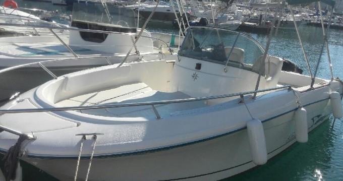 Louez un Jeanneau Cap Camarat 625 à Toulon