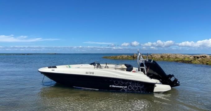 Location yacht à Noirmoutier-en-l'Île - Bayliner Element E5 sur SamBoat