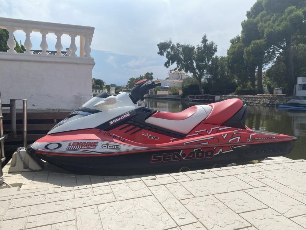 Jet Ski à louer à Castelló d'Empúries au meilleur prix