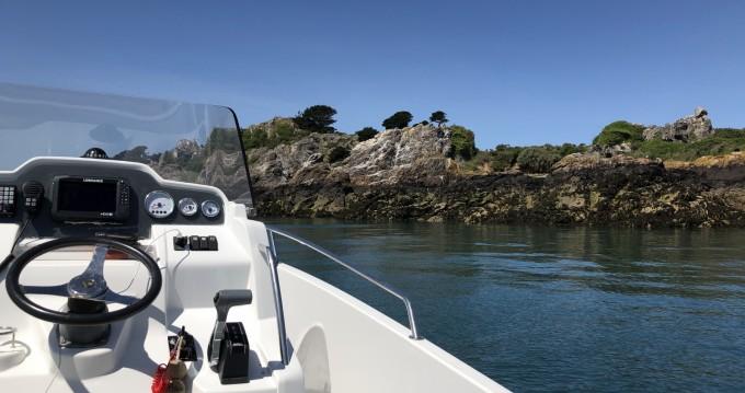 Location yacht à Lézardrieux - Jeanneau Cap Camarat 7.5 CC sur SamBoat