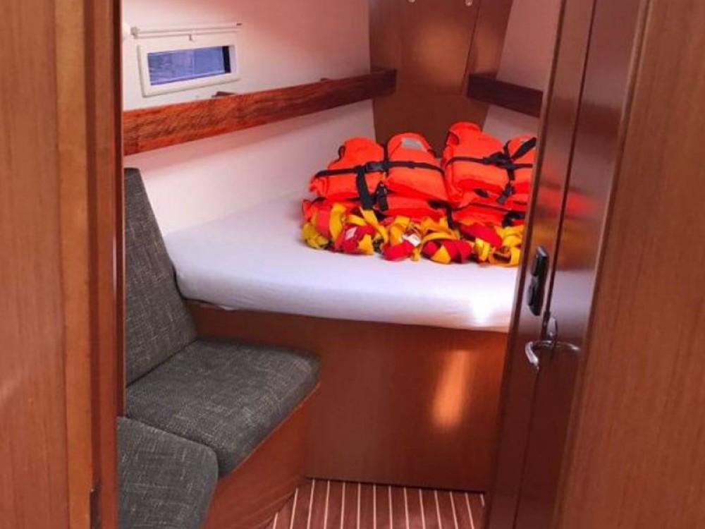 Location yacht à  - Bavaria Bavaria 40 Cruiser S sur SamBoat