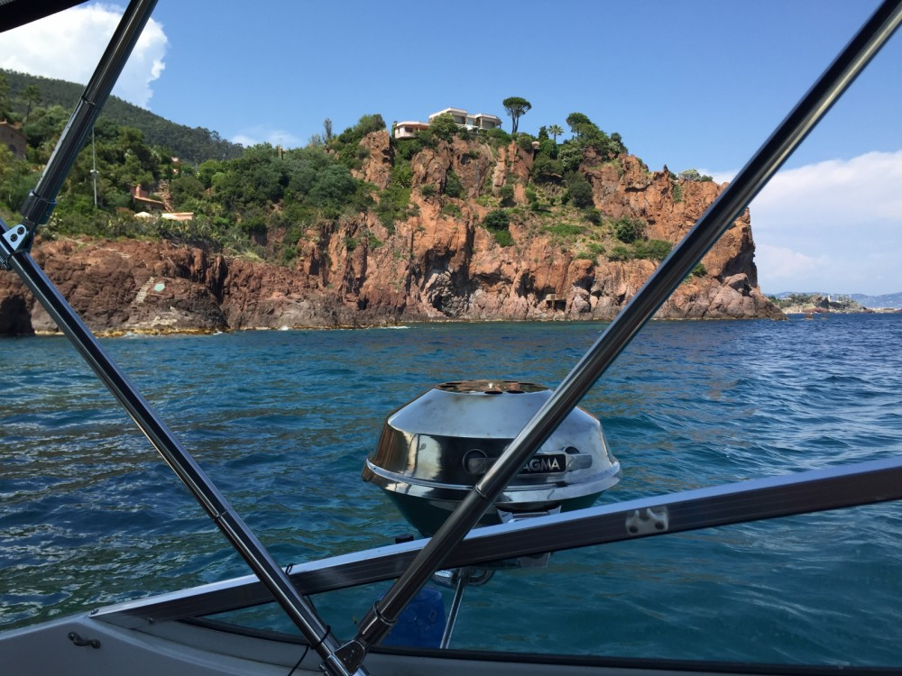 Location yacht à Mandelieu-la-Napoule - Four Winns Vista 248 sur SamBoat