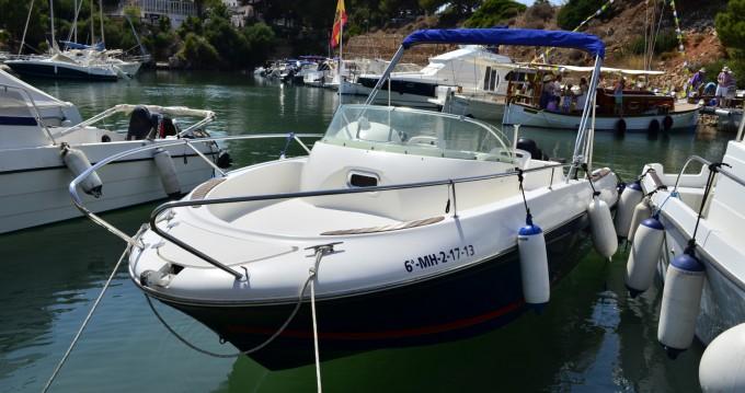 Bateau à moteur à louer à Ciutadella de Menorca au meilleur prix