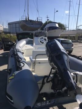 Location bateau Brest pas cher Pro 9 Man