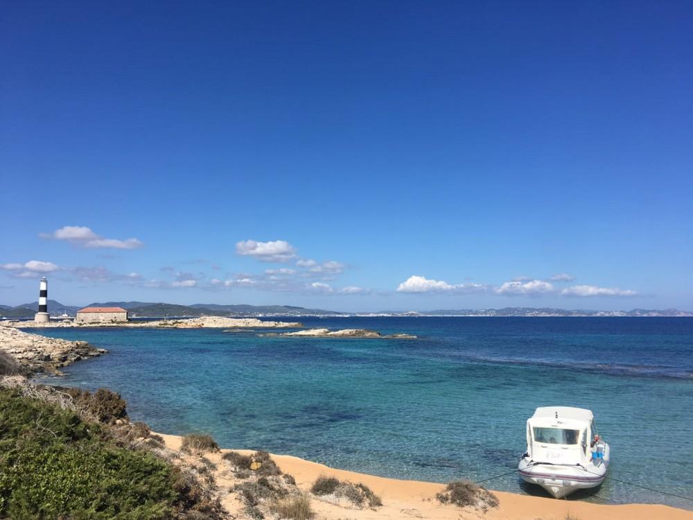 Location bateau Bwa Bwa 750 à Ibiza sur Samboat