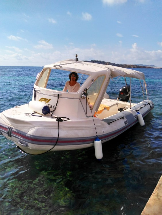 Louez un Bwa Bwa 750 à Ibiza