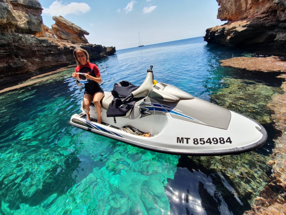 Location bateau Ibiza pas cher Bwa 750