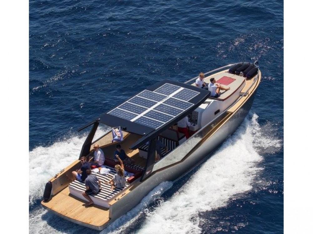 Location bateau Olbia pas cher Luxi 33