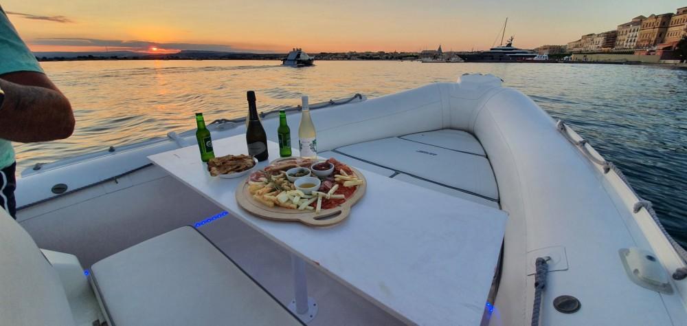 Location bateau Joker Boat Clubman 26 à Syracuse sur Samboat
