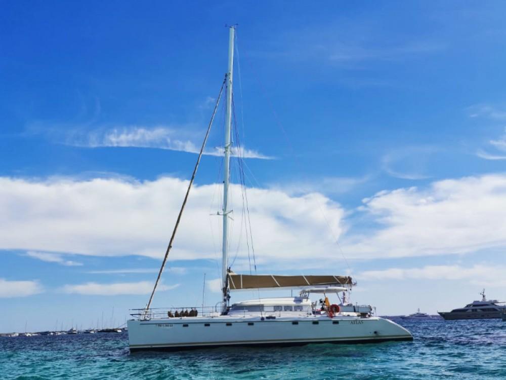 Louer Catamaran avec ou sans skipper Fountaine Pajot à Sant Antoni de Portmany
