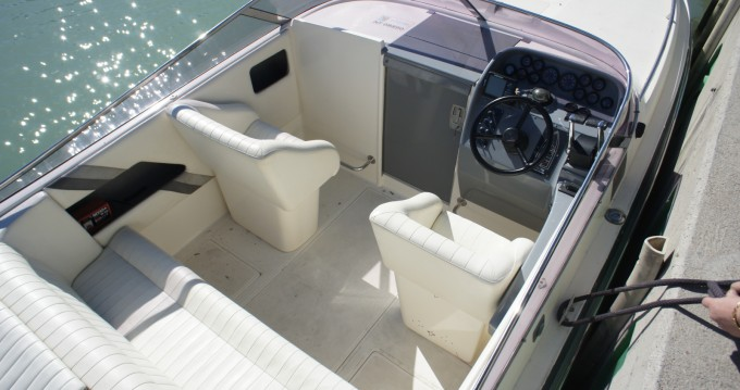Location bateau Falcon 26 à Lignano Sabbiadoro sur Samboat