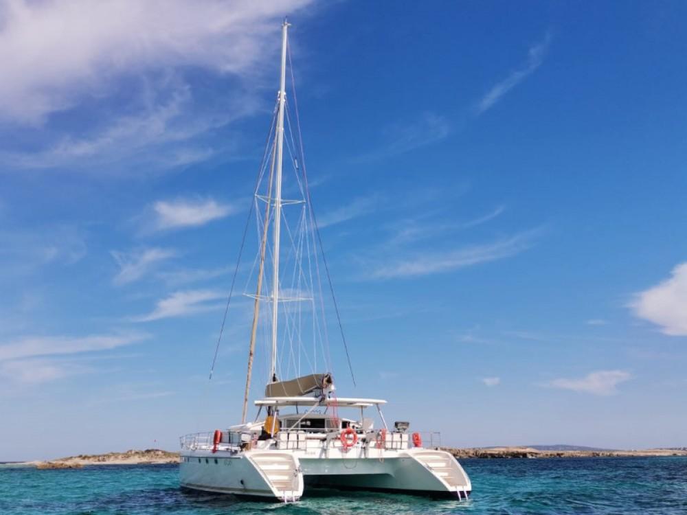 Location bateau Fountaine Pajot Marquises 56 à Sant Antoni de Portmany sur Samboat