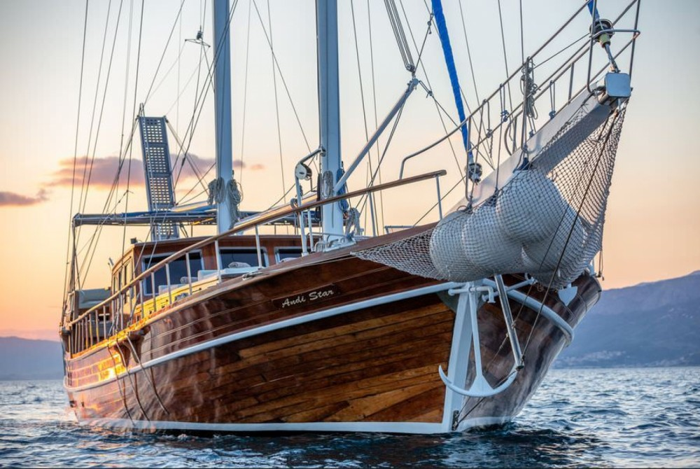 Location bateau ANDI STAR First 85.5 à Split sur Samboat