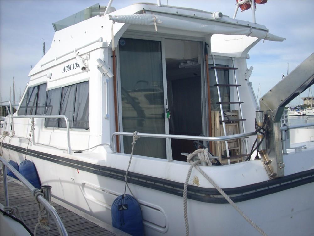 Location bateau Acm 1055 à Saint-Cyprien sur Samboat