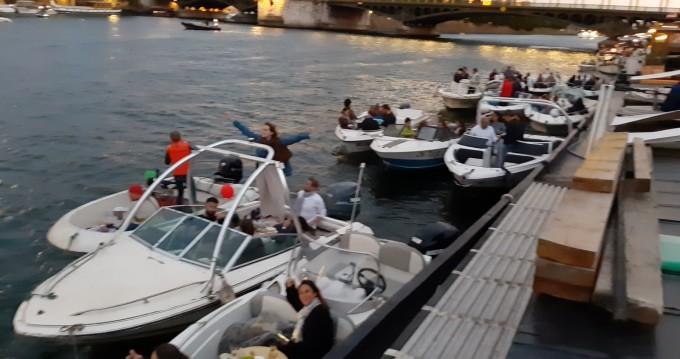 Louez un Sea Ray Sea Ray 160 CB à Issy-les-Moulineaux