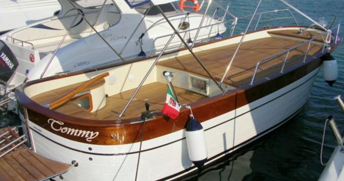 Gozzo Latino Latino 6.80 entre particuliers et professionnel à Otrante
