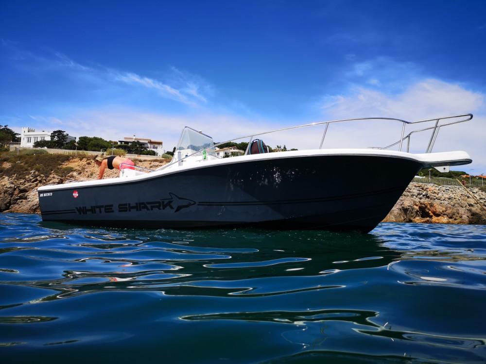 Louer Bateau à moteur avec ou sans skipper Kelt à Sète