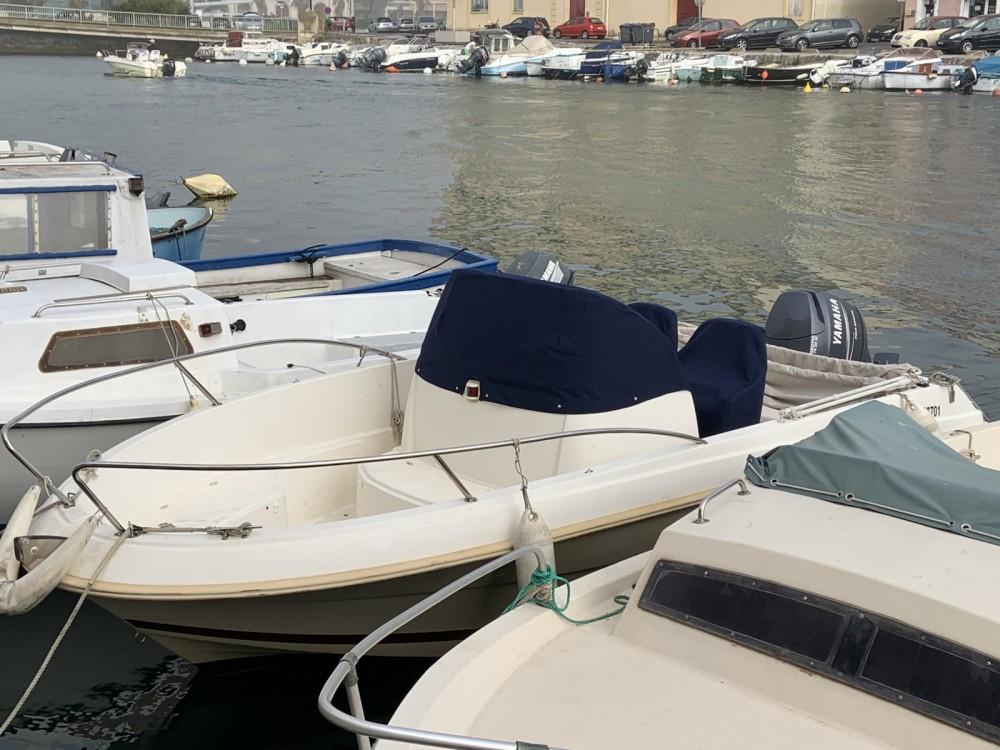 Louez un Jeanneau Cap Camarat 555 à Sète