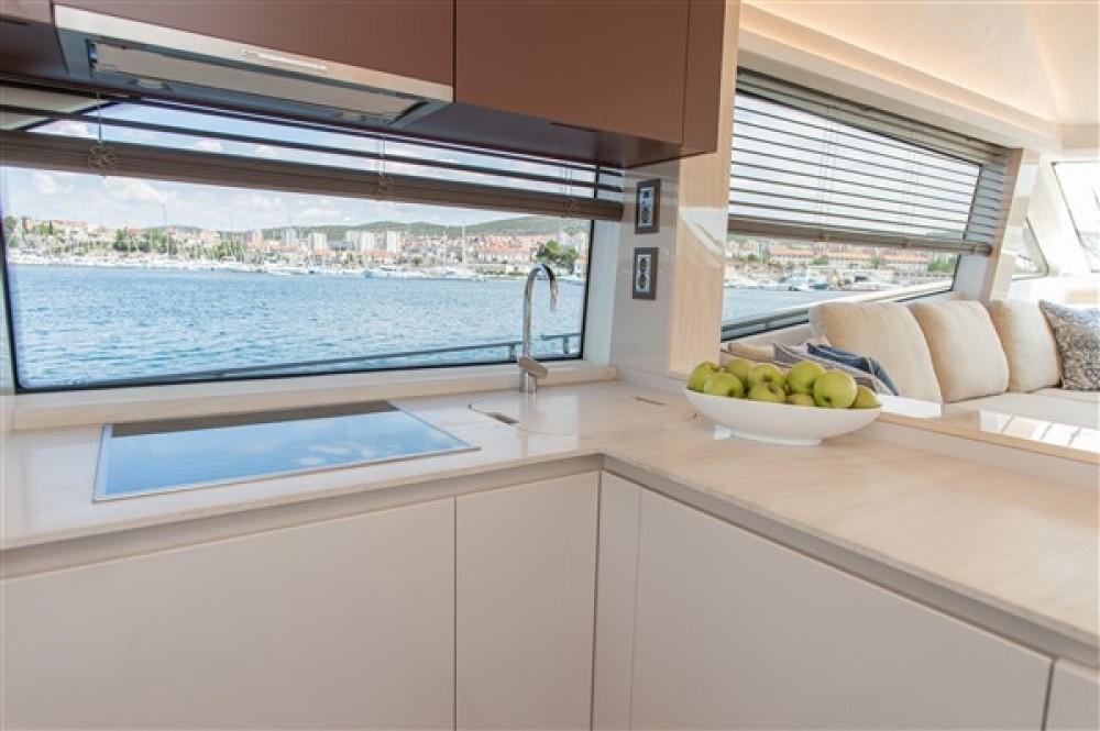 Louer Yacht avec ou sans skipper Bénéteau à Šibenik