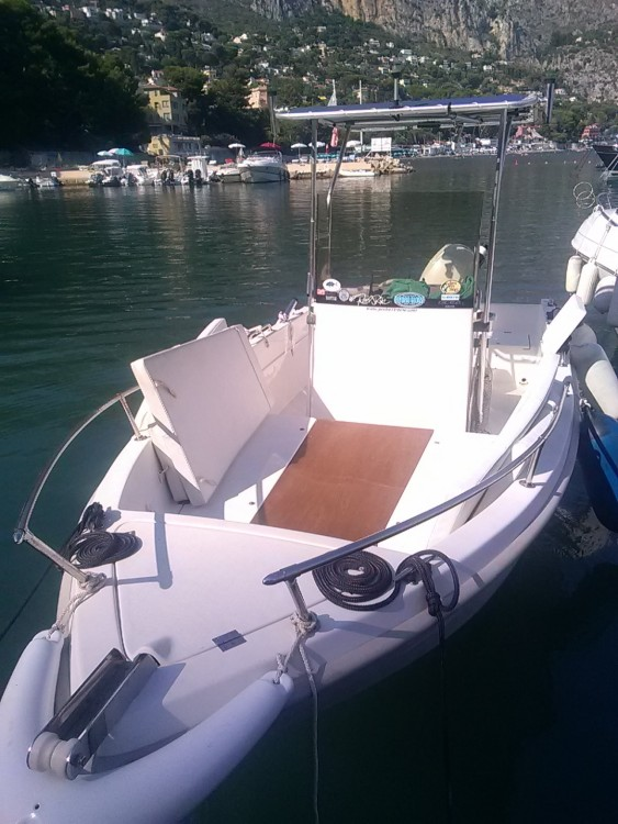 Louer Bateau à moteur avec ou sans skipper Conero à Beaulieu-sur-Mer