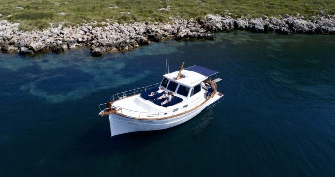 Location Yacht Menorquin-Yachts avec permis
