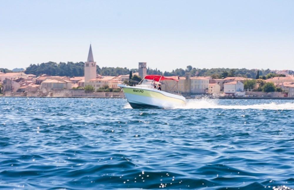 Orka 740 open entre particuliers et professionnel à Vrsar