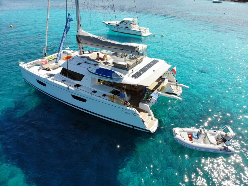 Location bateau Victoria pas cher Saba 50 [8 CAB]