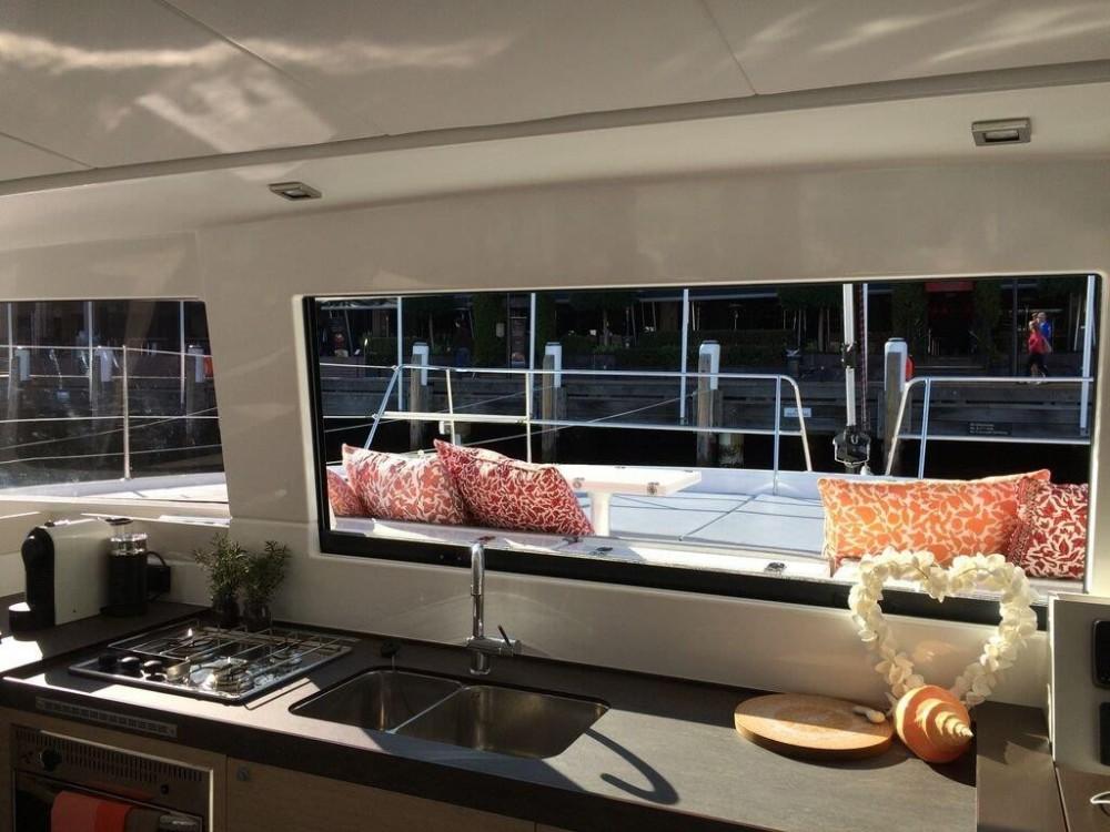 Catamaran à louer à Jolly Harbour au meilleur prix