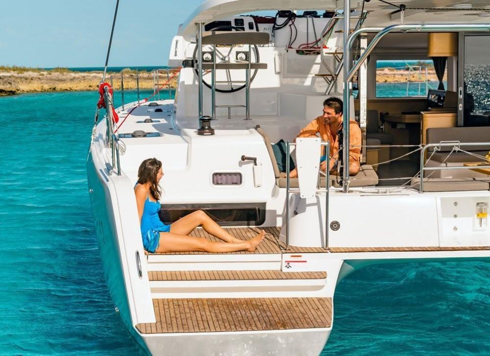 Lagoon Lagoon 42 - 4 + 2 cab. entre particuliers et professionnel à Bahamas