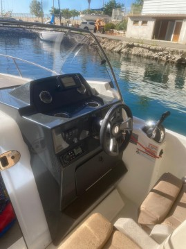 Location bateau Quicksilver Activ 675 Sundeck à Marseille sur Samboat
