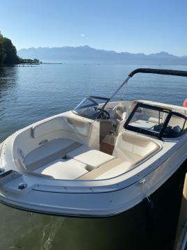 Bayliner VR6 entre particuliers et professionnel à Lausanne