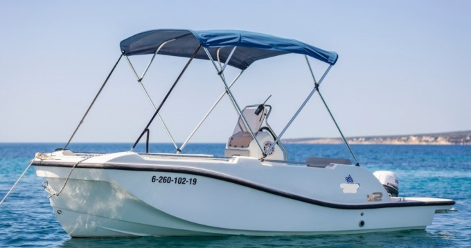 Louer Bateau à moteur avec ou sans skipper V2 BOATS à Can Pastilla