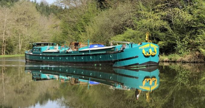 Location bateau Poseidon Bluewater 480 à Languimberg sur Samboat