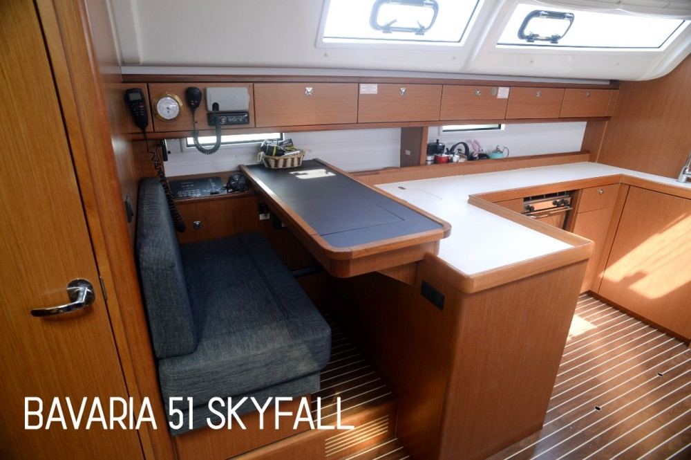 Bavaria Bavaria 51 Cruiser entre particuliers et professionnel à Marina Gouvia