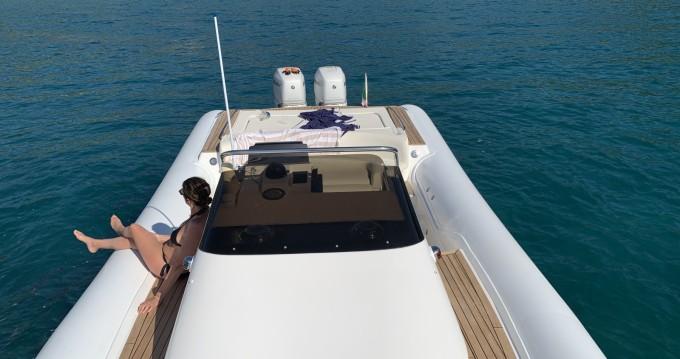 Location bateau San Vincenzo pas cher MX 11
